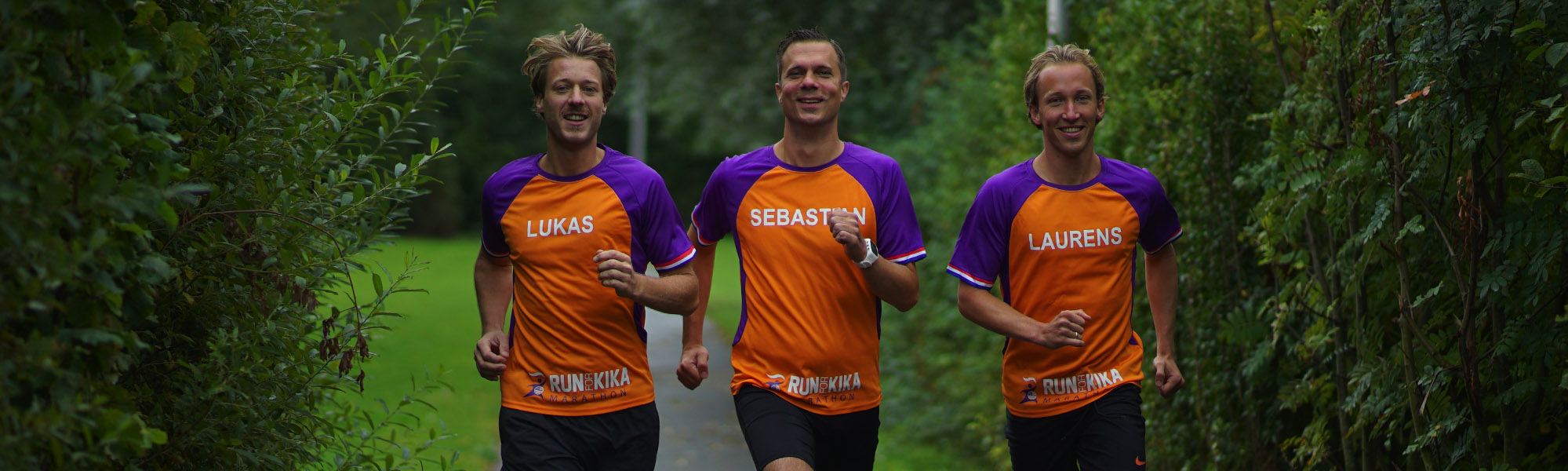 Foto van team Mara Dietvorst tijdens Run for KiKa Marathon.