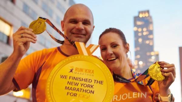 Ambassadeur Flevoland en Gelderland, Peter en Marjolein, inzetten voor goed doel, KiKa, Run for KiKa Marathon, cheque, sponsoracties