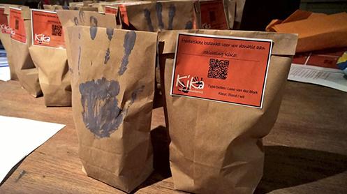 Afbeelding van eten dat verkocht wordt voor KiKa. Wil jij als deelnemer of vrijwilliger van Run for KiKa tips, tools en downloads om zelf eten en drinken te verkopen voor het goede doel? Klik dan op de afbeelding